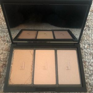 Doucce Freematic Highlighter Pro Palette